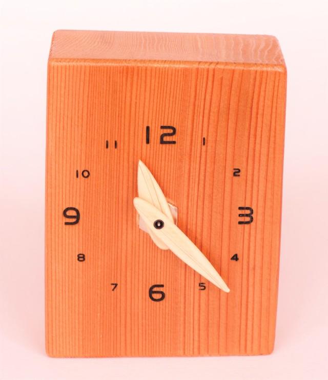 百年すぎの置時計
