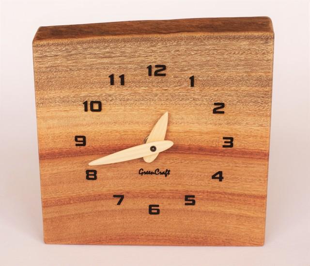 樟の木の壁掛け時計1