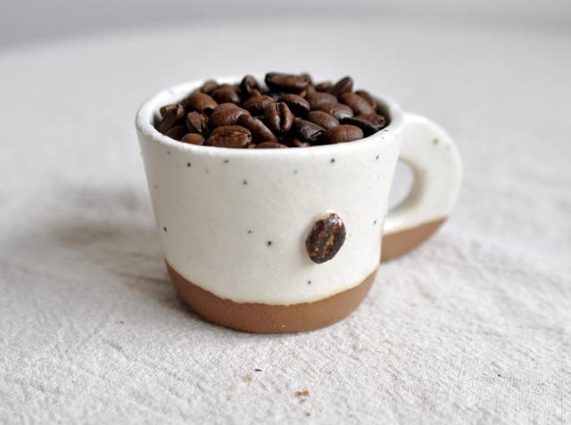 コーヒービーンズのマグカップ