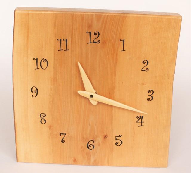 藪つばきの壁掛け時計