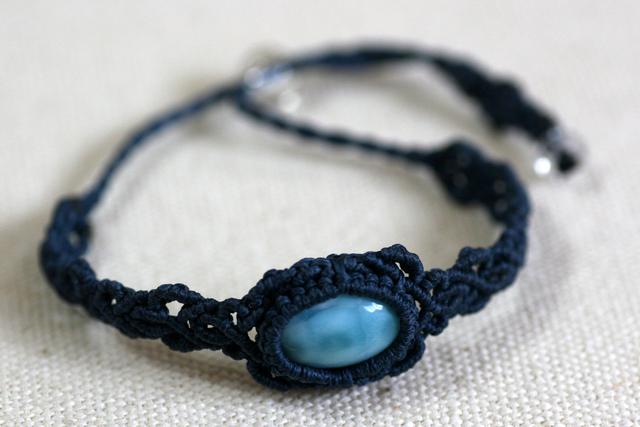 ラリマーのマクラメ編み 天然石ブレスレット