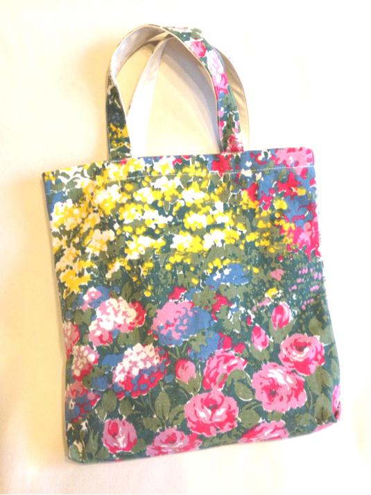 【A】夏のお出かけに♪限定希少*油絵タッチのインパクトある花柄キャンバスたっぷりトートバッグ*オリジナルキャンバス帆布バッグ