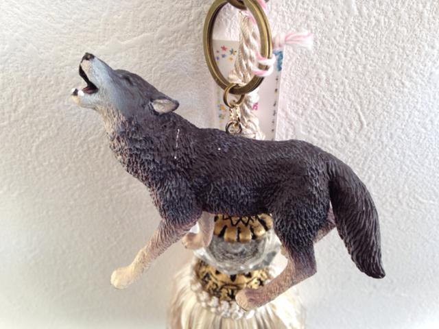 オオカミのバッグチャーム 2