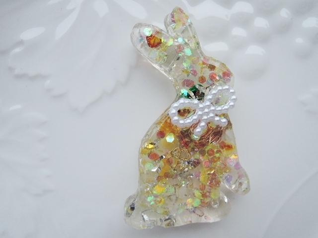 『shinha8さま専用ご注文ページ』アウトレット☆ウサギのオルゴナイト ☆金運最強7種ブレンド:アンシェントメモリーオイル、水晶ポイント、水晶、琥珀さざれ石などが入っています? (1123)