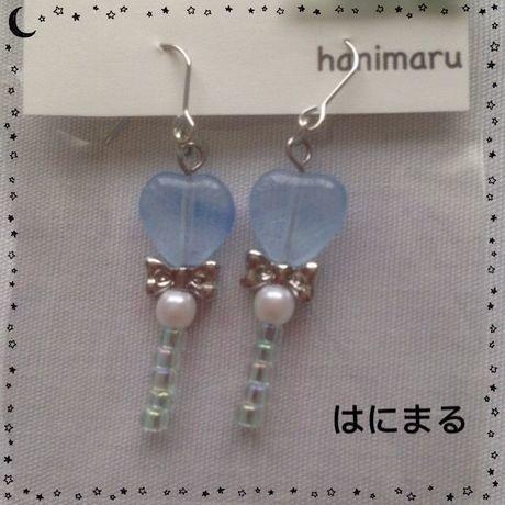 Xmasセール★190 ピアス 薄ブルー/シルバーリボン