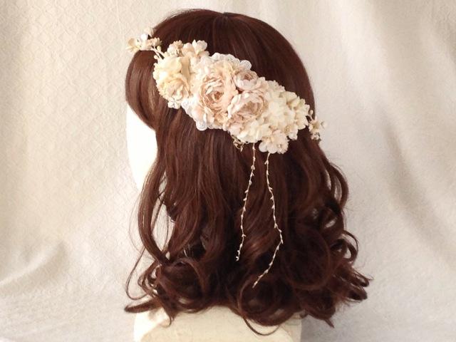 <受注制作>染め花のガーランドと髪飾りのセット(ベージュホワイト)