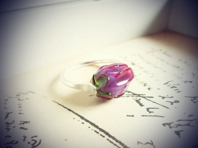 【FT】薔薇のつぼみリング(パープル×銀)