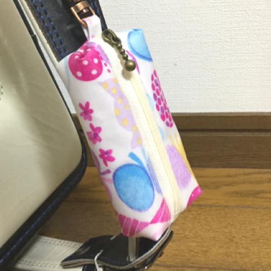 ランドセル用キーケース☆絵の具 手書きちょうちょ柄