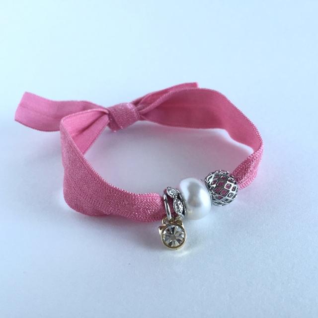 ピンクのリボンブレスレット【受注製作】