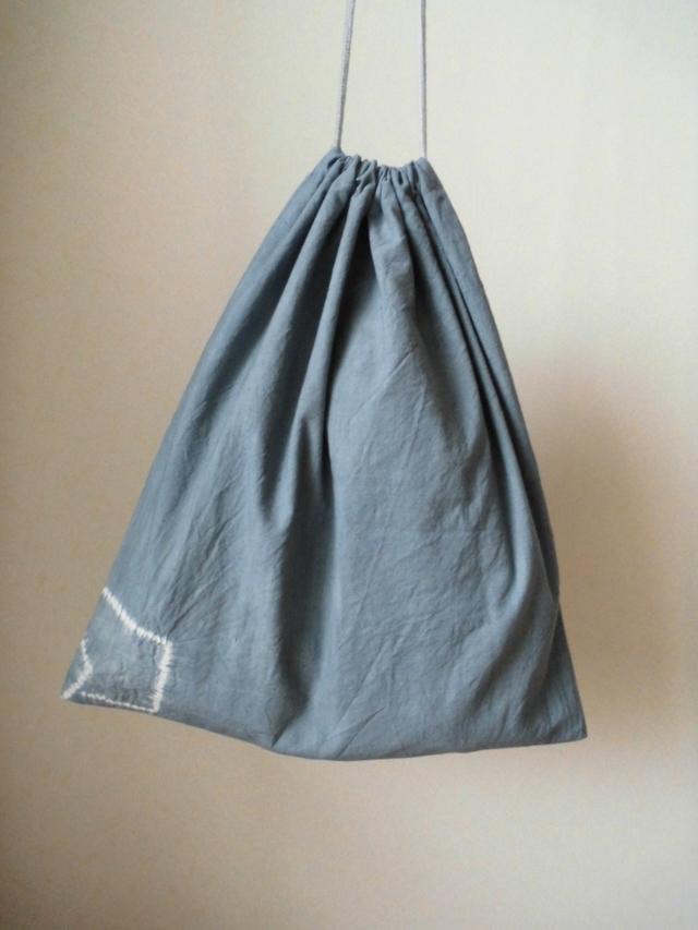 ふくろ縫いの巾着袋(木綿地に手しぼり)
