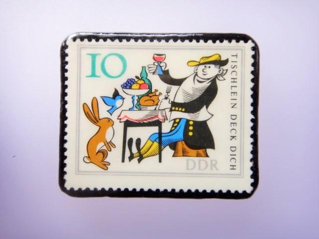 旧東ドイツ 童話切手ブローチ1078