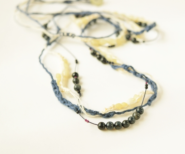 【金属フリー】Navy blue necklace
