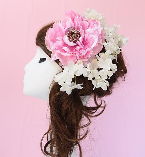 べピーピンクのふんわり髪かざり