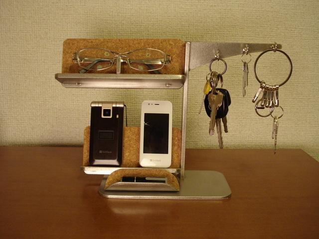 キー メガネ 携帯電話スタンド  スマホ小物トレイ付きスタンド