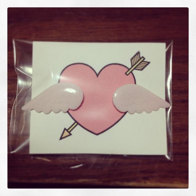 【送料無料】天使の羽ピアス*ピンク