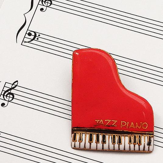 七宝焼ブローチ ピアノ(赤)