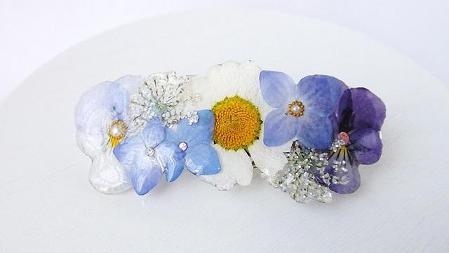 押し花のバレッタ(ビオラと紫陽花)