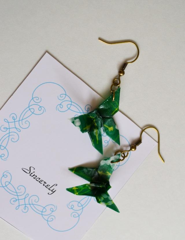 折り紙蝶の和風ストラップ