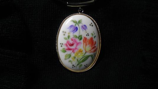 陶器のネックレス(チューリップ)