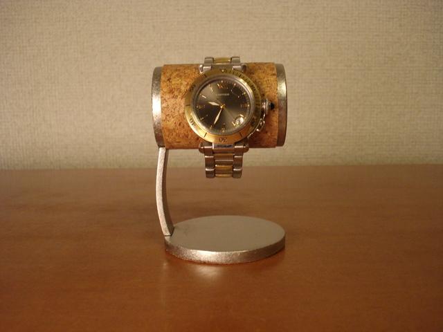 誕生日プレゼントに! かわいい腕時計デスクスタンド