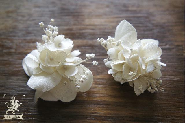 earring 【 紫陽花とカスミソウのイヤリング * off white 】