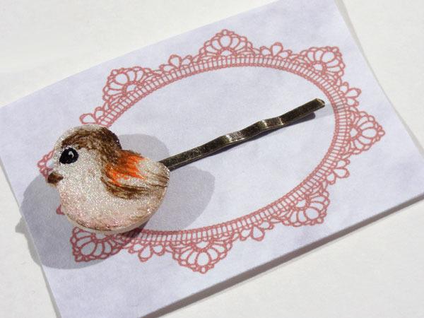 木でできた小鳥ヘアピン【エナガ】