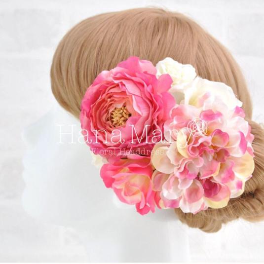 ピンクラナンキュラスとバラ髪飾り