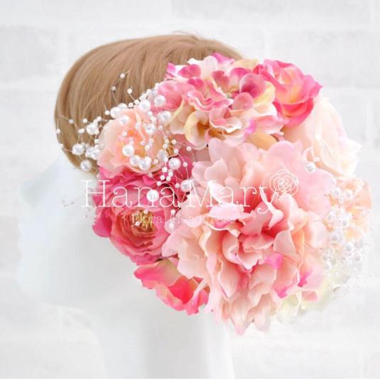 豪華ピンクラナンキュラスとバラ髪飾り