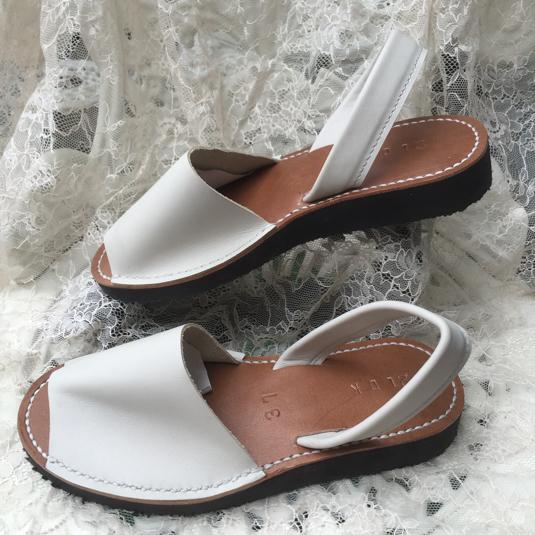 靴擦れしない長く歩ける本革オーダーメイドサンダル★☆オフホワイト