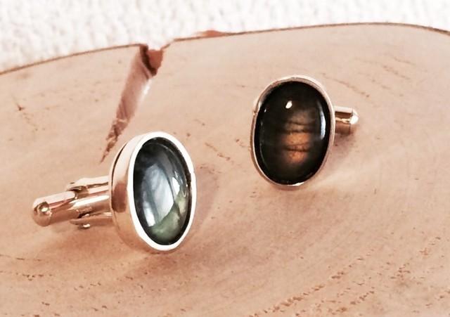 フィンランドの宝石◆スペクトルライト真鍮カフス