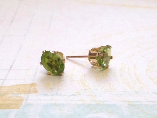 宝石質ペリドット7mm×5mm* Natural stone*ピアス  14KGF