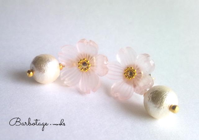 【数量限定】硝子桜とコットンパールのピアス