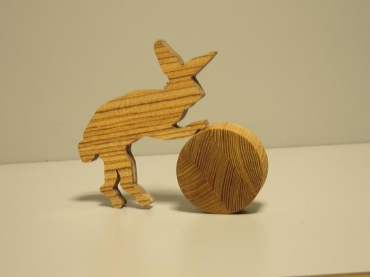 木製「うさぎの玉ころがし」