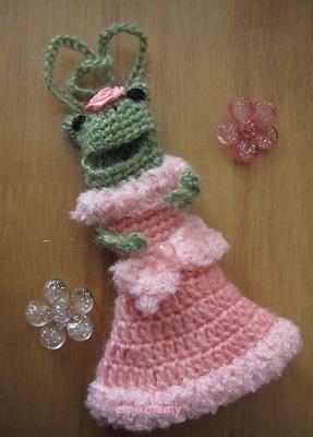 【SALE】あみぐるみ!ケロリップカバー・ふわふわピンクドレスさん♪