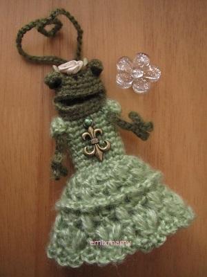 【SALE】あみぐるみ!ケロリップカバー・グリーンドレスのケロリーヌ♪