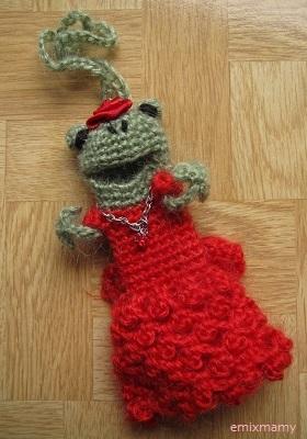 【SALE】あみぐるみ!ケロリップカバー・レッド薔薇ドレスのケロリーヌさん♪