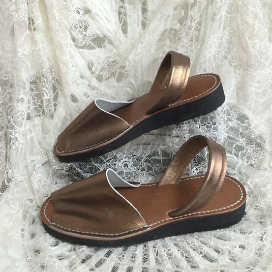 靴擦れしない長く歩ける本革オーダーメイドサンダル★☆アンティークゴールド