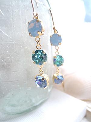 Ocean Blue Crystals   海のグラデーションピアス