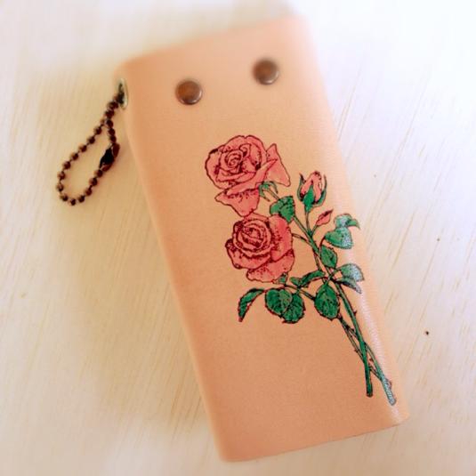 本革 バラ の アンティーク キーケース 花