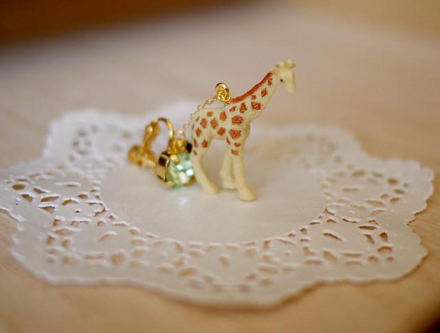 *yumeboshi様オーダー品*animal片耳イヤリング【Giraffe2】
