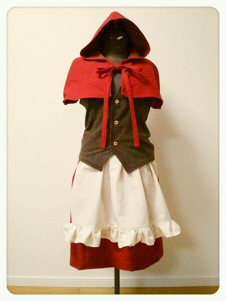 赤ずきんのお洋服