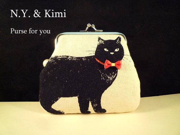 * 赤いリボンの黒猫 がま口 ポーチ 財布*