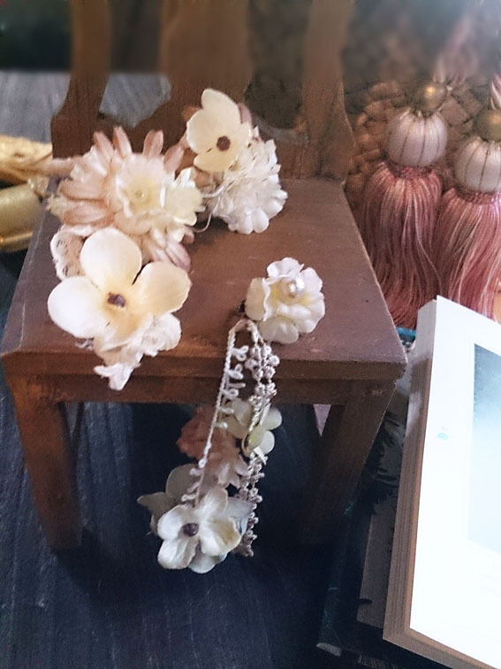 花のイヤーフックと片耳ロングイヤリング【セット】