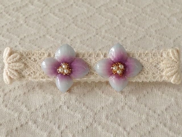 染め花を樹脂加工した紫陽花イヤリング( S・水色&紫)