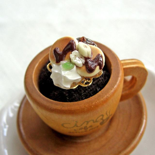 ふかふかパンケーキの小さな指輪