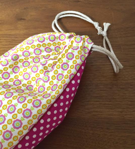 給食袋  お花×ラズベリー水玉