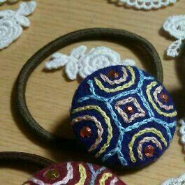 ハンドメイドの髪ゴム♪紺色刺繍!オリジナルデザイン!