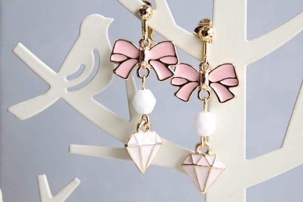 再販:リボンとダイヤのイヤリングorピアス(ピンク×ピンク )