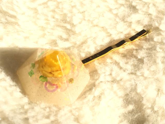 黄色いお花のオシャレヘアピン