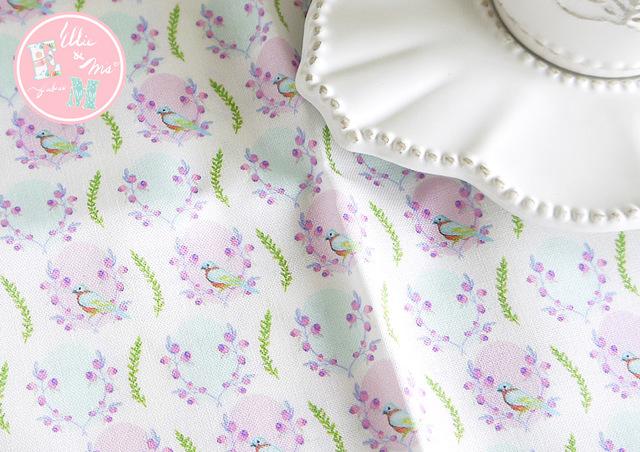 Order対応!! 【Ellie&M's fabric】 ブルーベリー畑の小鳥さん 55×110